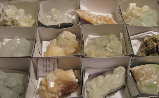 Zeolite Mineral Specimens