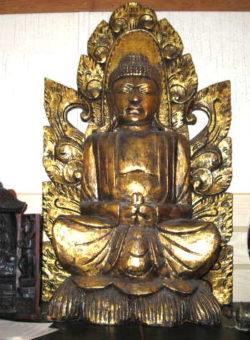 hand carved golden sitting buddha
