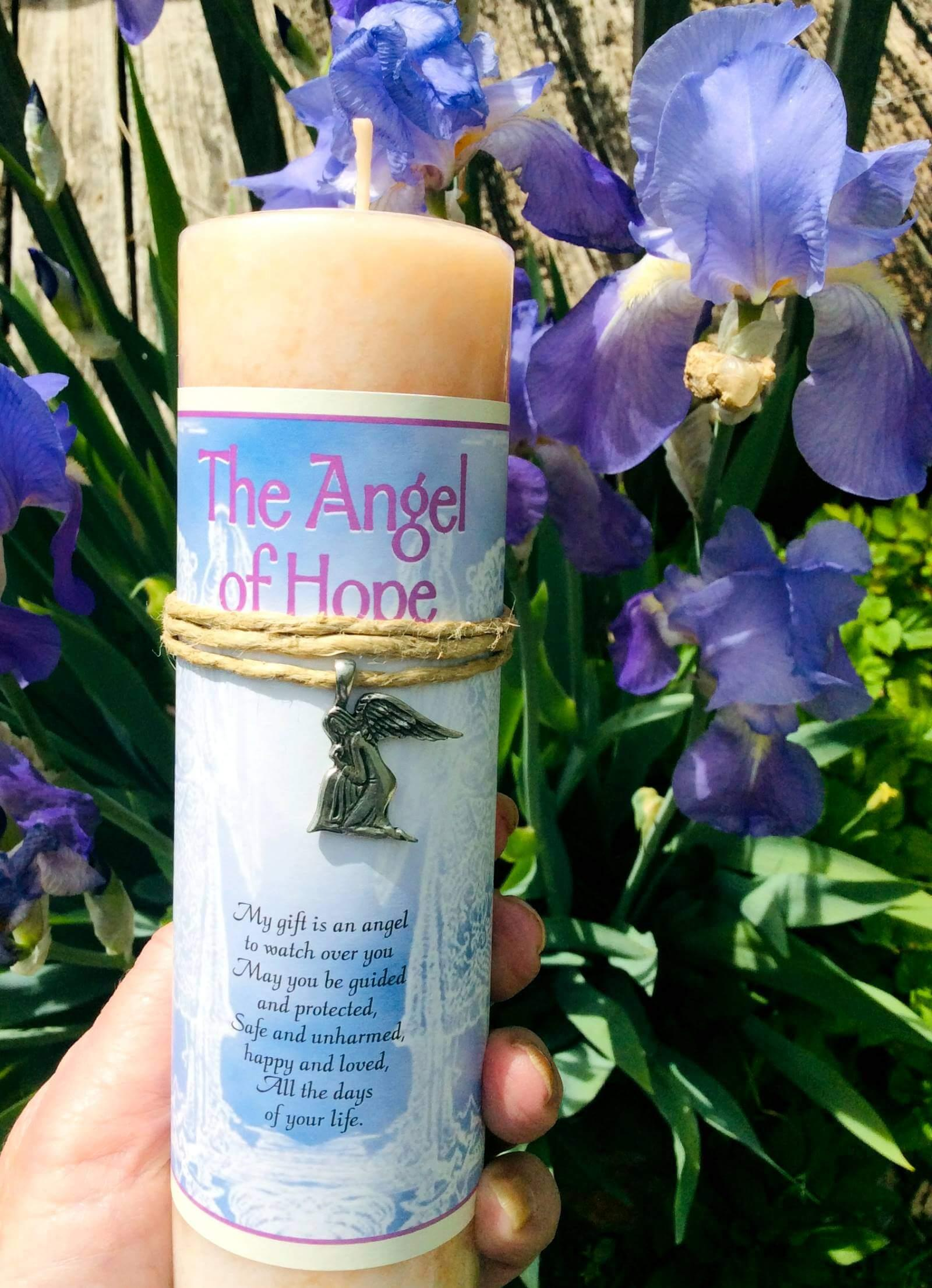 Angel of hope candle A at mvc