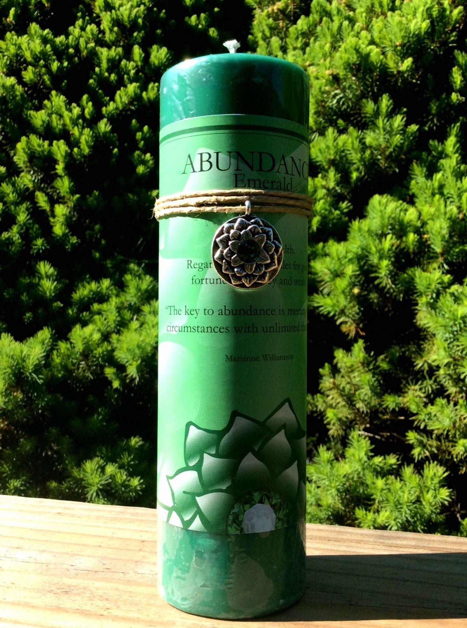 Lotus Abundance Candle Emerald at MVC