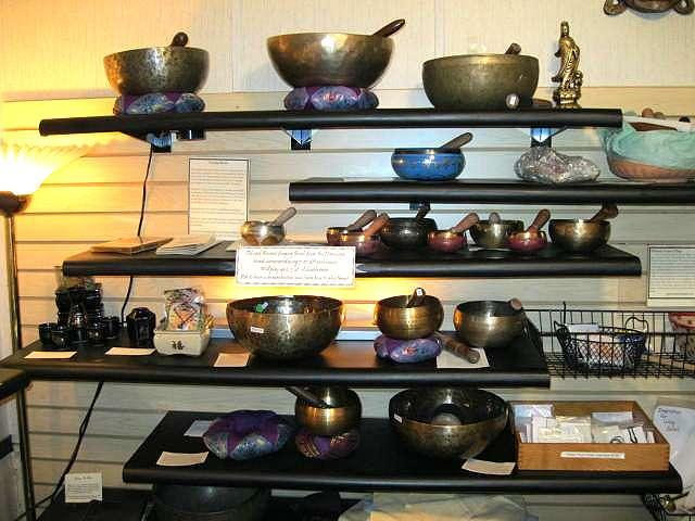 7 metal Singing Bowls from Nepal