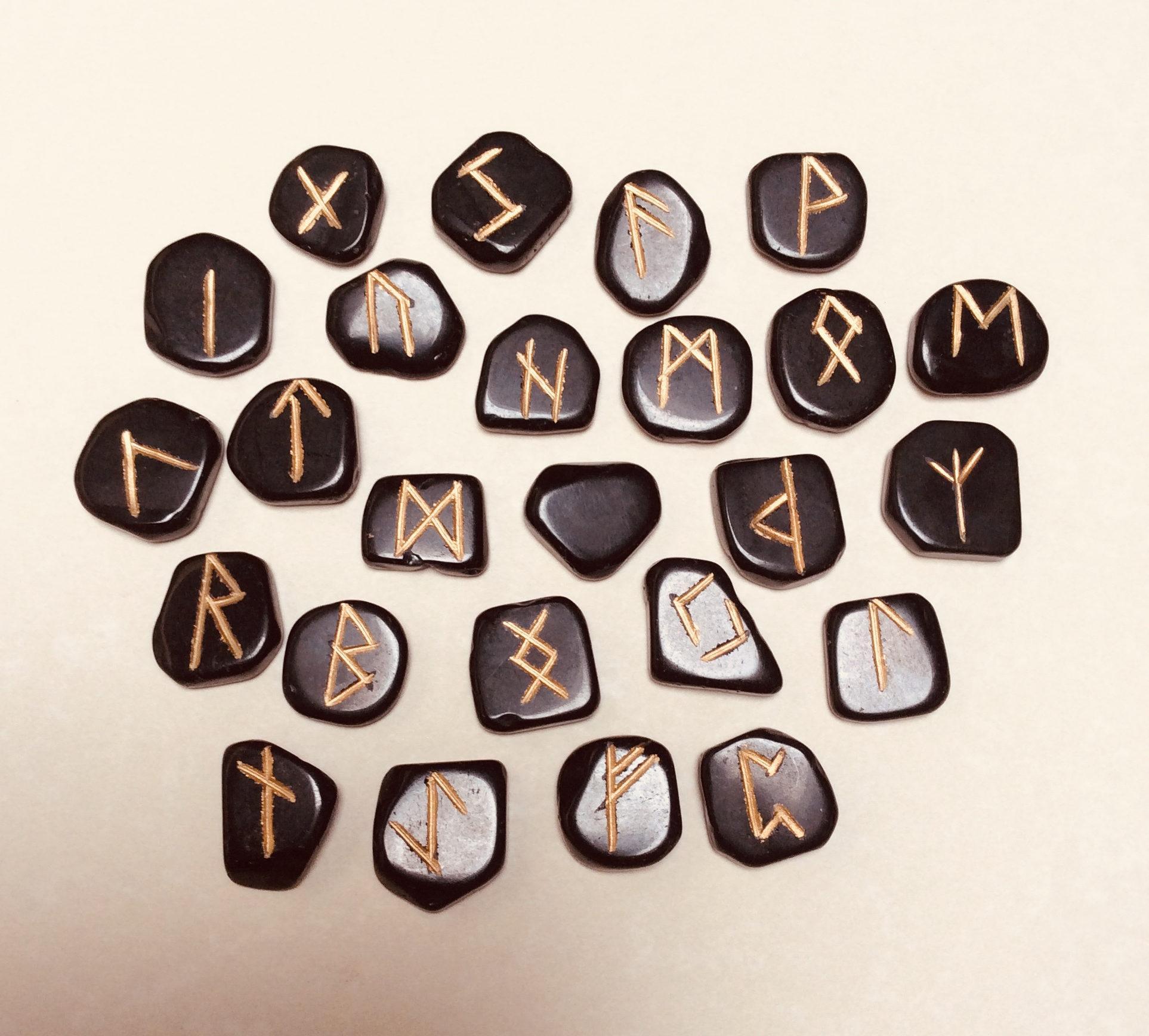 Obsidian runestones